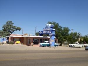 blue-swallow-motel-tucumcari-sm