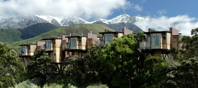 Tree-Houses-and-Mountains-